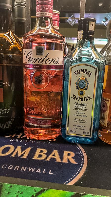 Fox & Goose Coombe Bissett Bar Bottles